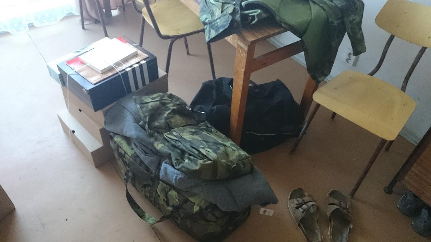 13-army-vystroj