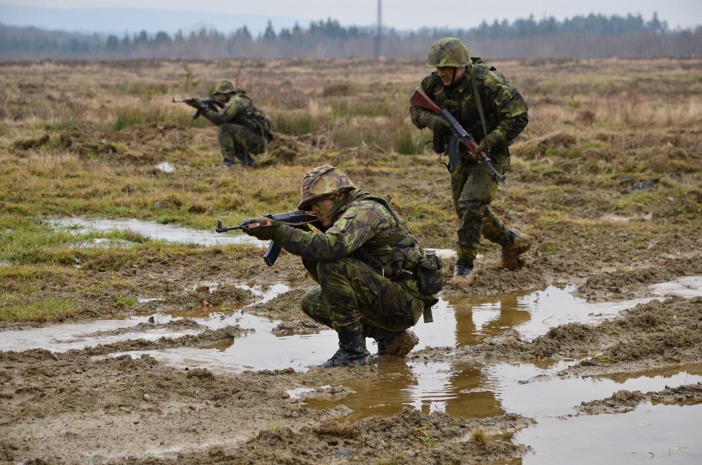 8-army-taktika