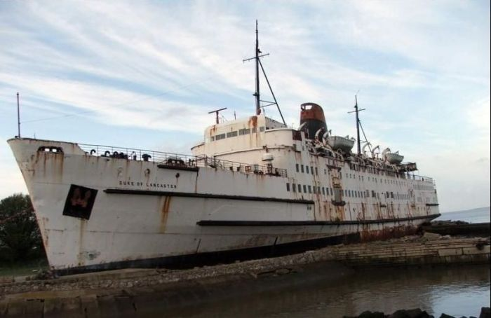 Opuštěné a mrtvé lodě